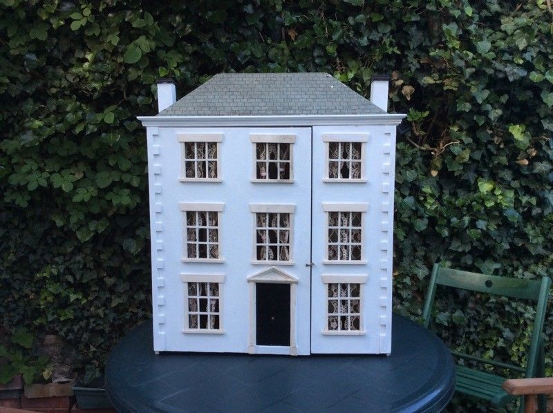 georgian dollhouse